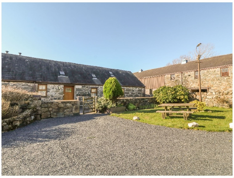 Beudy Bach a british holiday cottage for 4 in ,