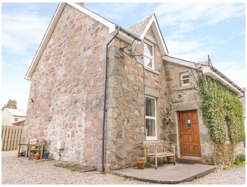 The Knowe Lower a british holiday cottage for 4 in ,