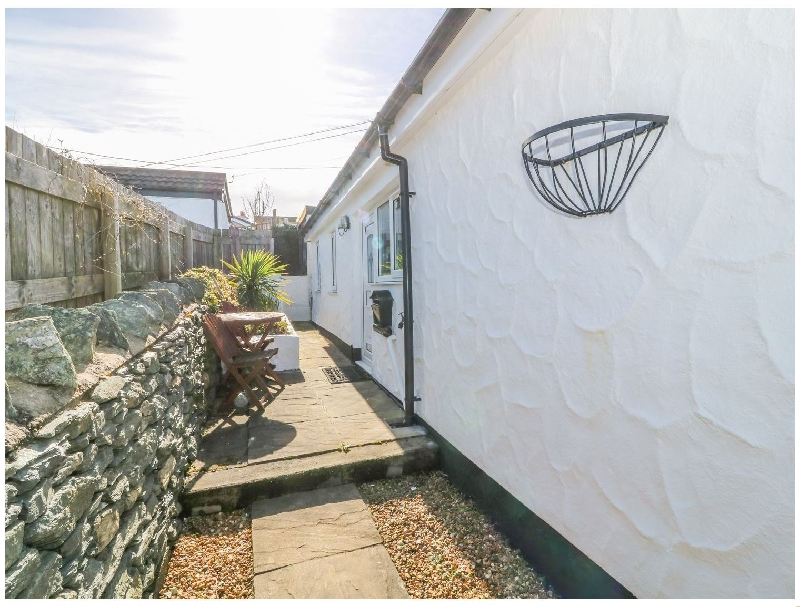 Little Netherleigh a british holiday cottage for 4 in ,