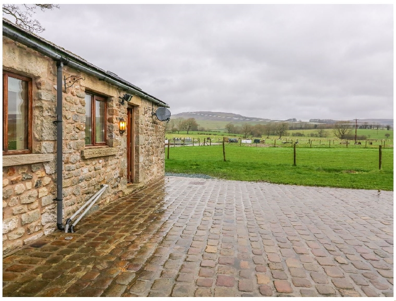 Orcaber Farm Retreat a british holiday cottage for 2 in ,