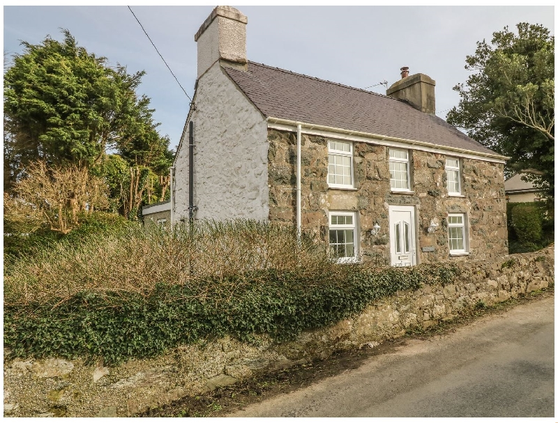 Tan Y Goeden a british holiday cottage for 4 in ,