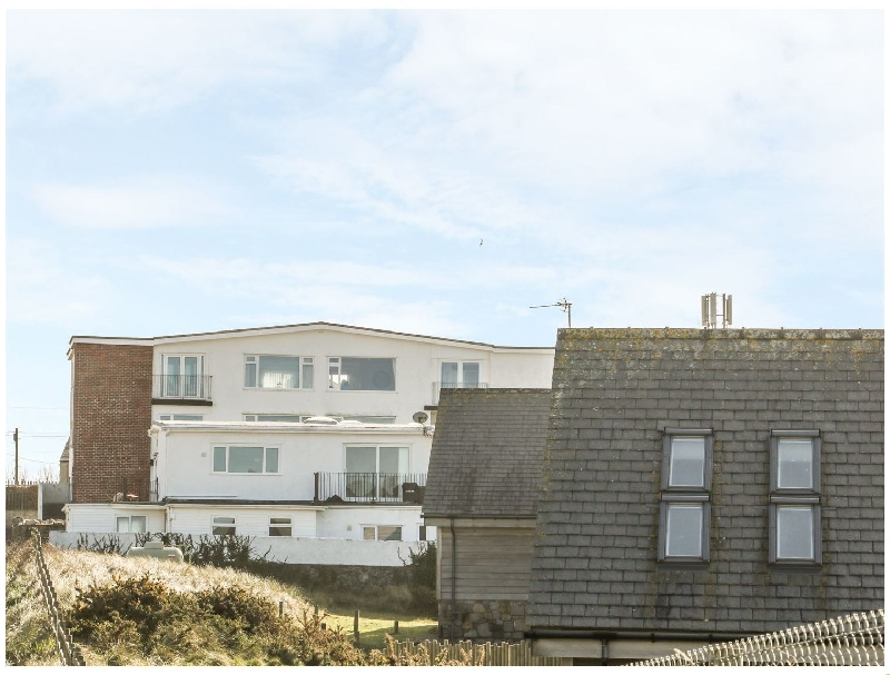 Flat 1 Bryn Colyn a british holiday cottage for 6 in ,