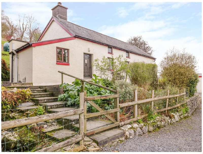 Cefn a british holiday cottage for 4 in ,