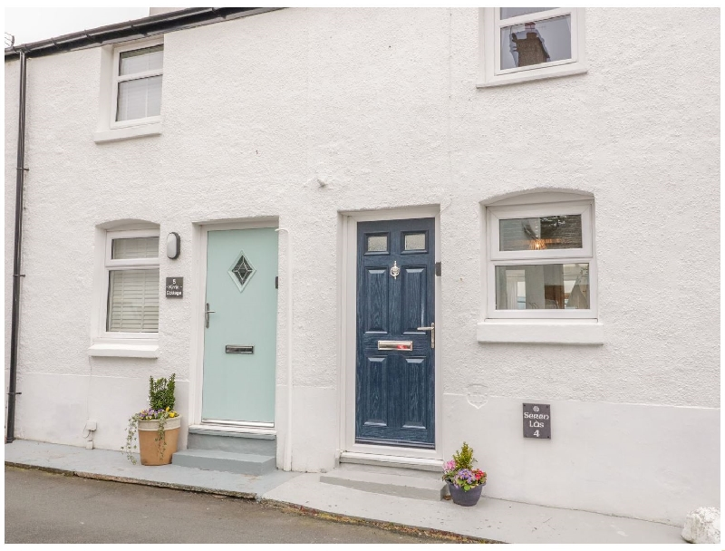 Seren  Las a british holiday cottage for 2 in ,