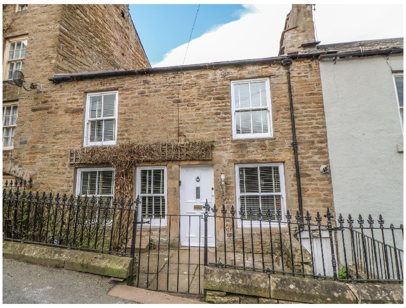 Click here for more about Bank Cottage