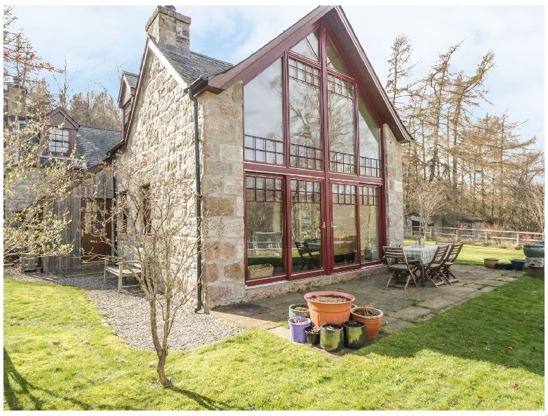 Birch Cottage a british holiday cottage for 10 in ,