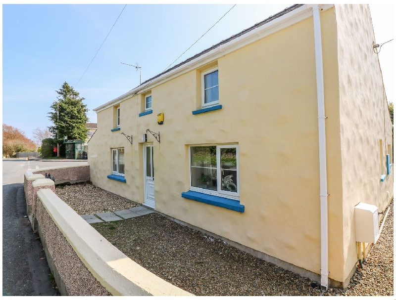 Click here for more about Vineyard Vale 8