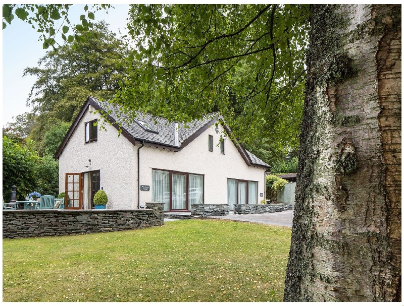 Click here for more about Lakeside Cottage