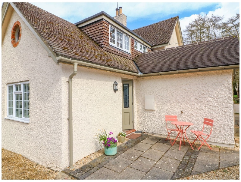 Lark's Wing a british holiday cottage for 2 in ,