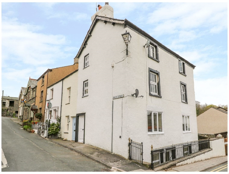 Click here for more about 1 Brade Street