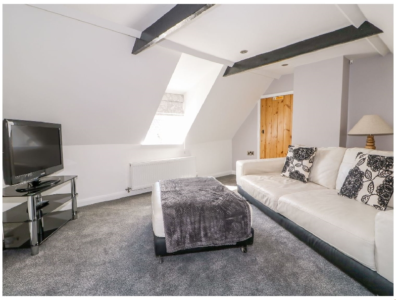 The Attic House a british holiday cottage for 2 in ,