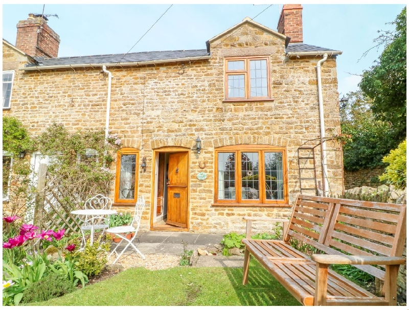 Horseshoe Cottage a british holiday cottage for 4 in ,