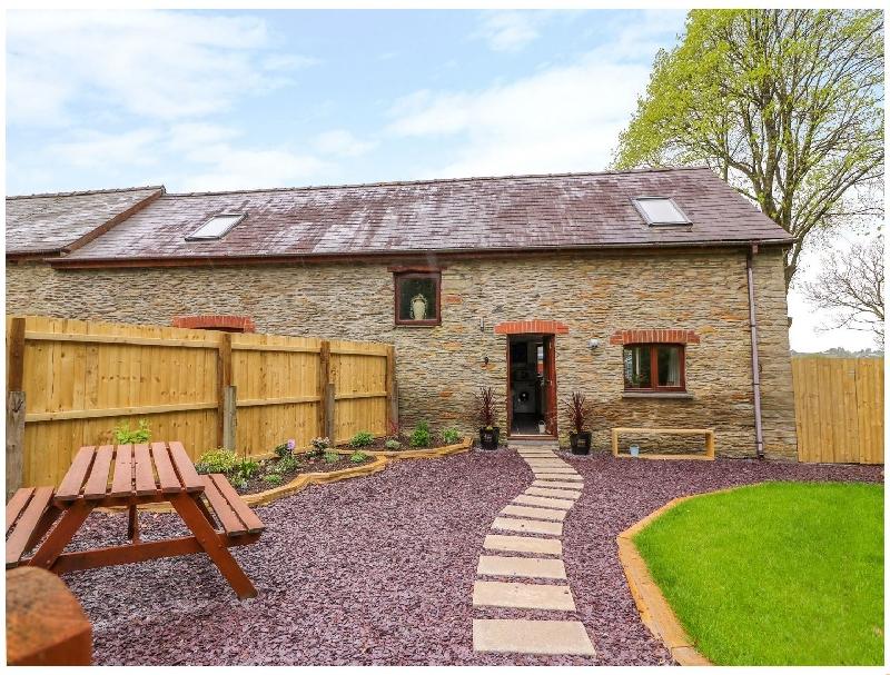 Cysgod Y Llan Isaf Cottage a british holiday cottage for 4 in ,