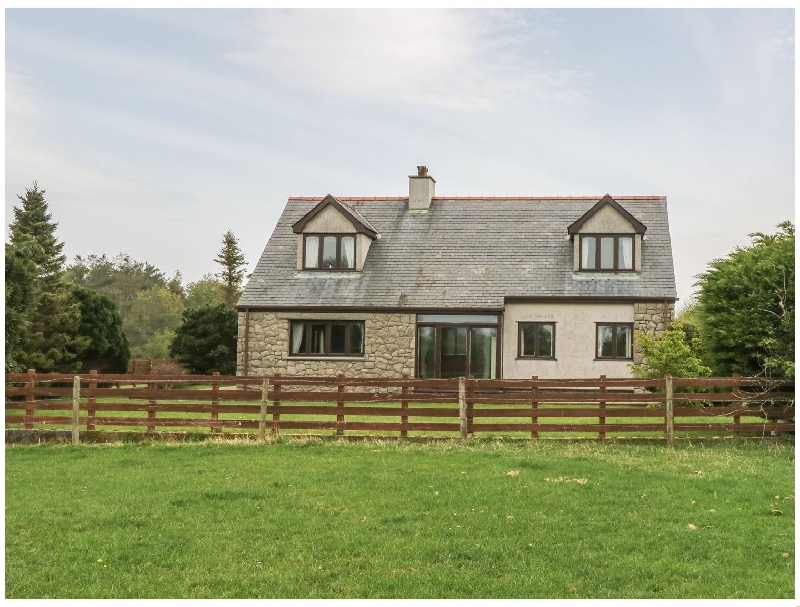 Cae Glas a british holiday cottage for 5 in ,