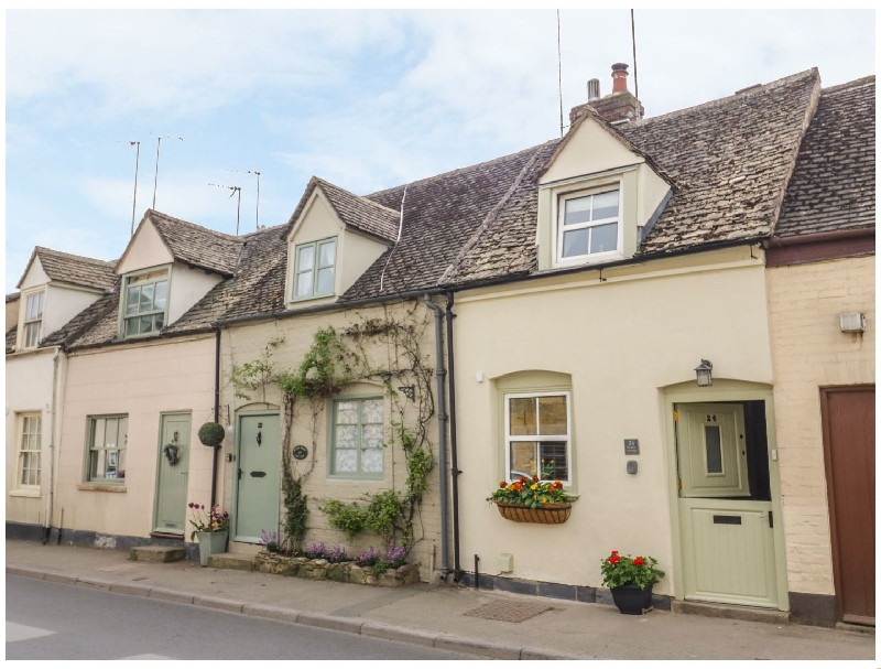 Bumble Cottage a british holiday cottage for 4 in ,