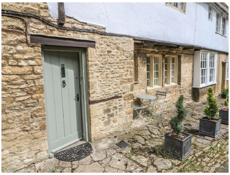 10 George Yard a british holiday cottage for 2 in ,