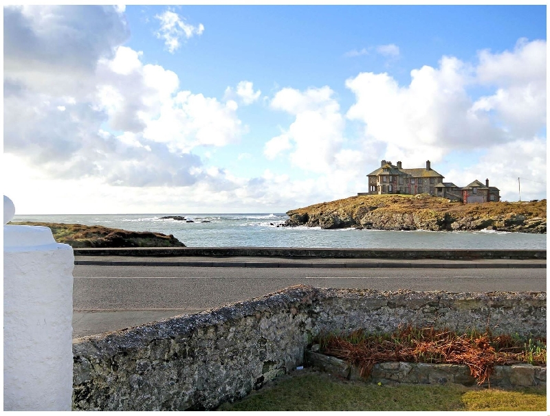 Angorfa a british holiday cottage for 8 in ,