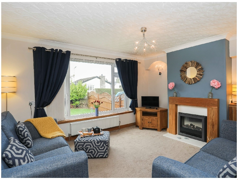 Bay View - Benllech a british holiday cottage for 6 in ,