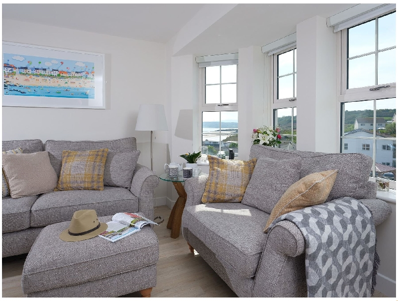 The Beach Pad a british holiday cottage for 4 in ,