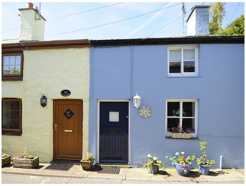 Blue Cottage a british holiday cottage for 4 in ,