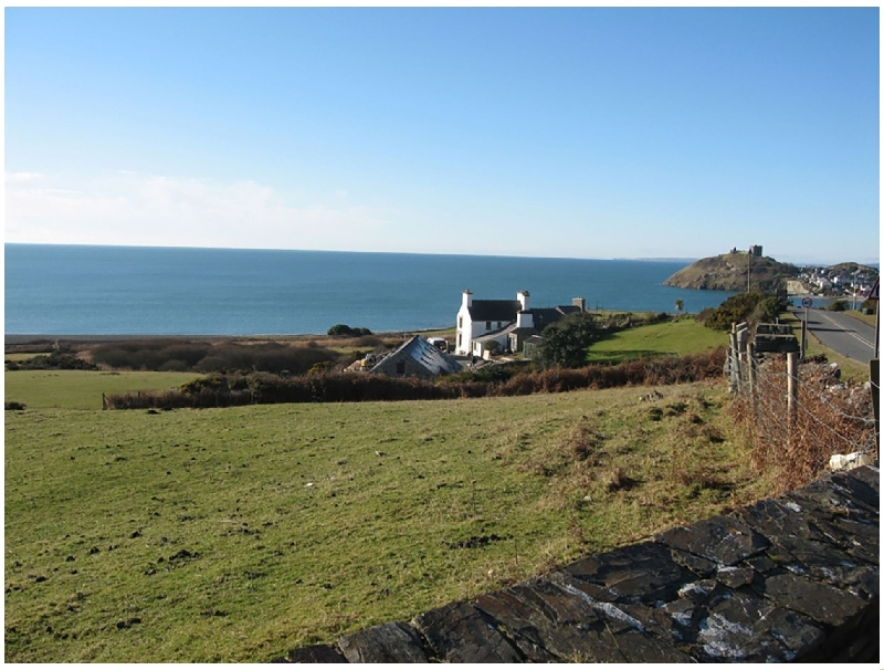 Cae'r Dyni a british holiday cottage for 8 in ,