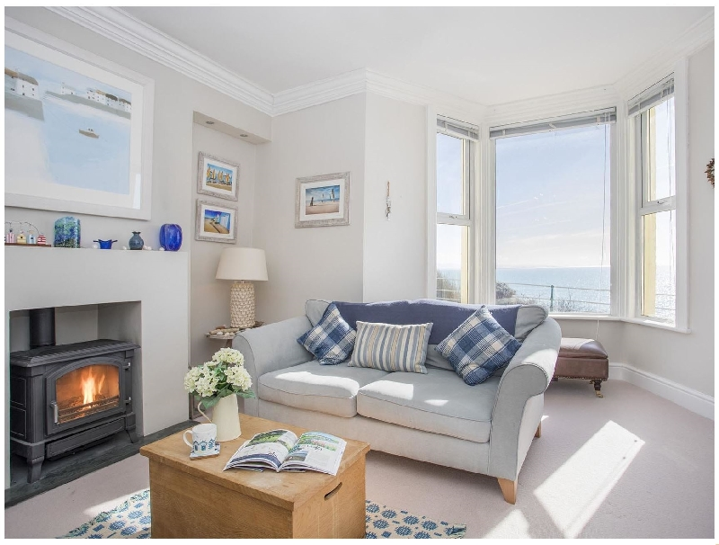 Captain's Rest a british holiday cottage for 6 in ,
