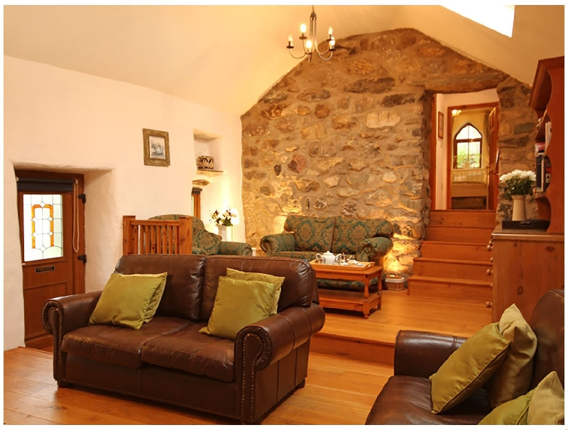 Tyddyn Ddeugoed a british holiday cottage for 4 in ,