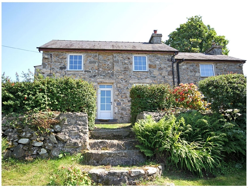 Fron Fawr a british holiday cottage for 6 in ,