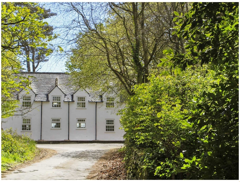 Garden Cottage - Rhoscolyn a british holiday cottage for 4 in ,