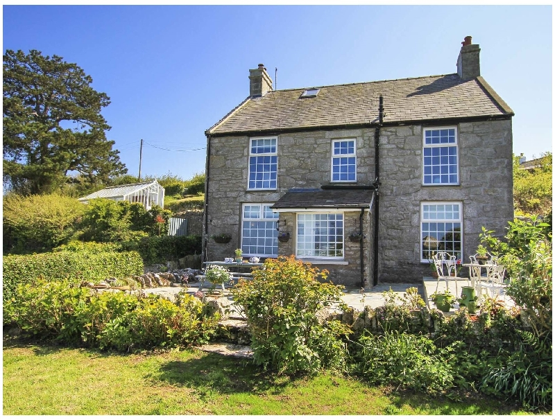 Goleufryn a british holiday cottage for 8 in ,