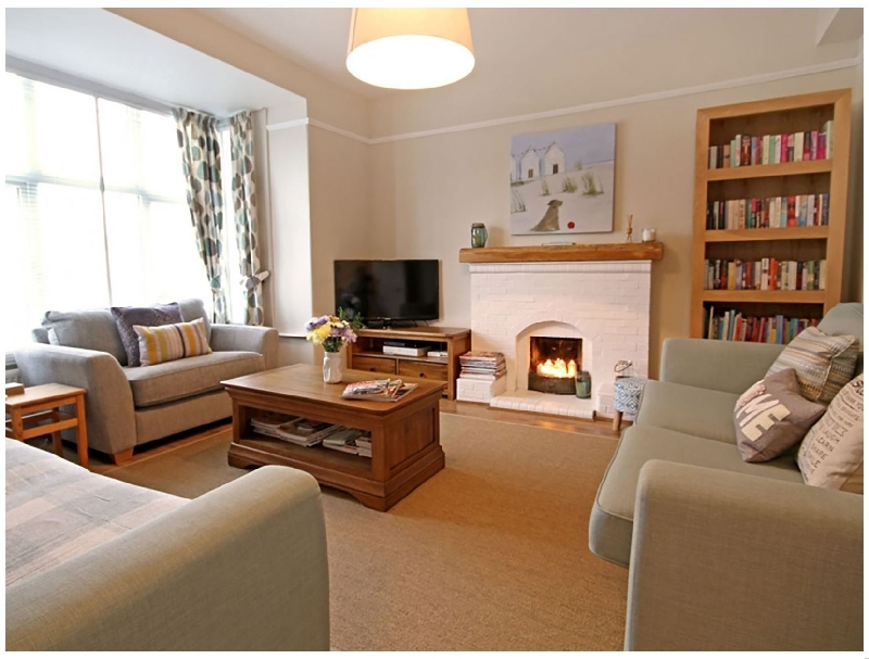 Islwyn a british holiday cottage for 12 in ,