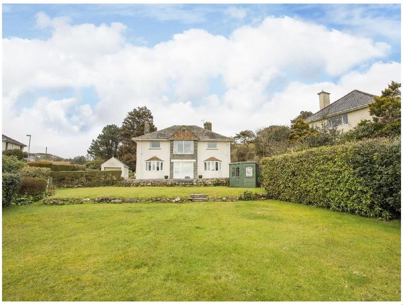 Nant Y Wyddan a british holiday cottage for 10 in ,