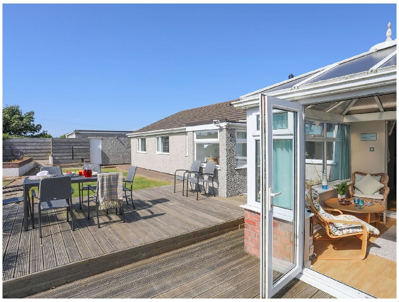 Pencraig a british holiday cottage for 11 in ,