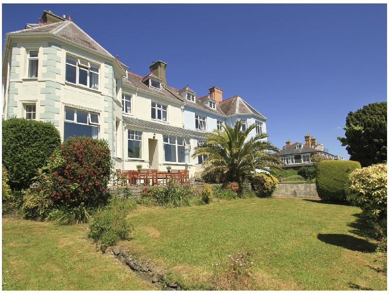 Pengolwg a british holiday cottage for 11 in ,