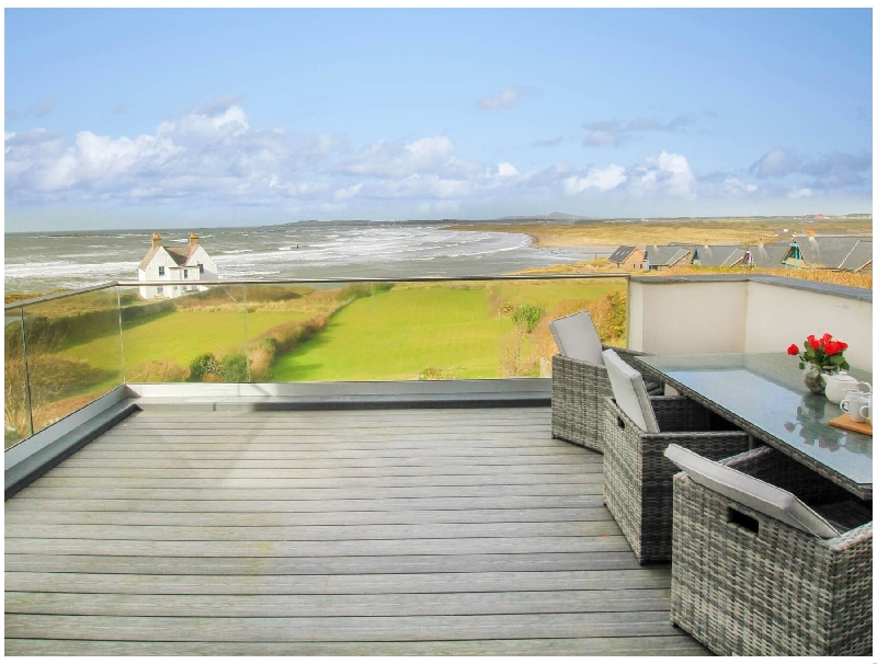 Vaenor a british holiday cottage for 9 in ,