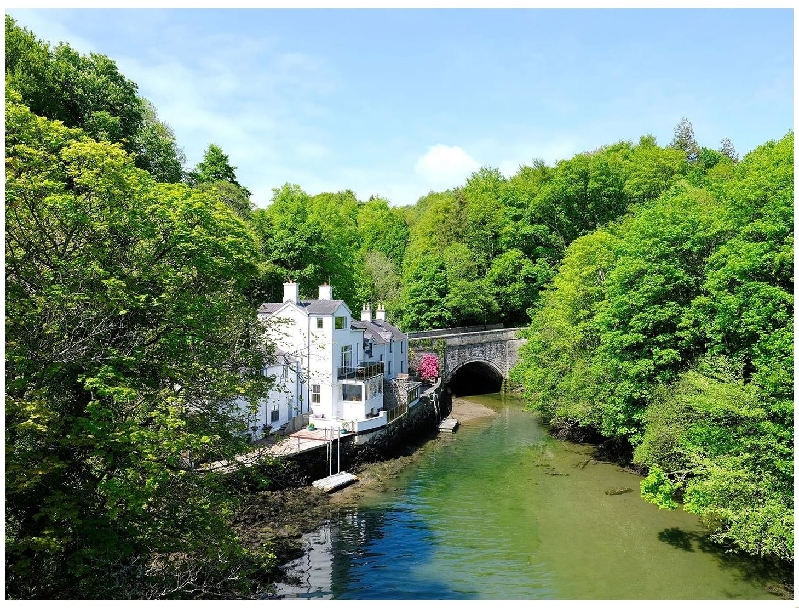 Waterside a british holiday cottage for 8 in ,