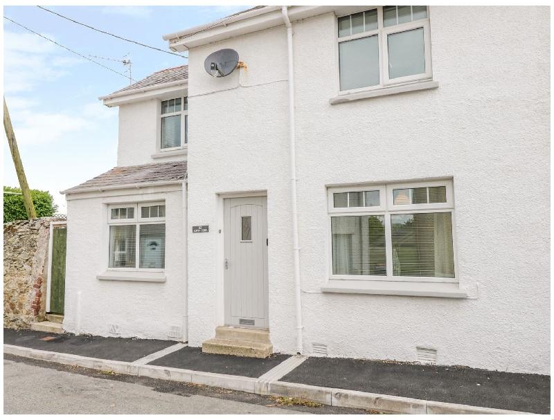 Llwyn Ceris a british holiday cottage for 5 in ,