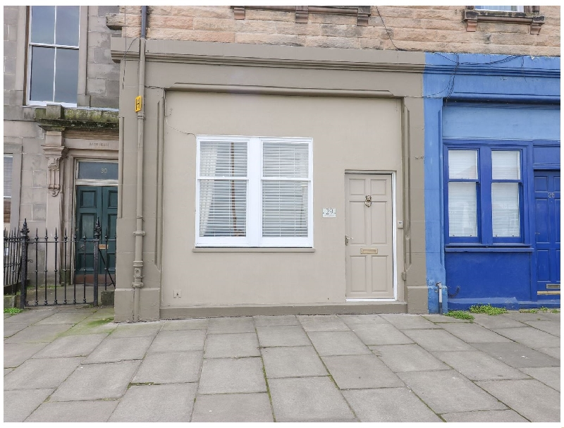 29 Trinity Crescent a british holiday cottage for 2 in ,