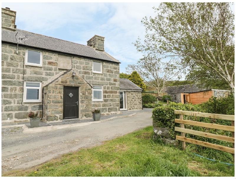 Bryn Y Bwyd a british holiday cottage for 6 in ,