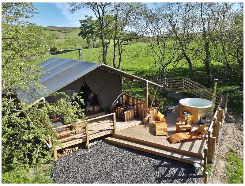 Stellar Safari Lodge a british holiday cottage for 6 in ,