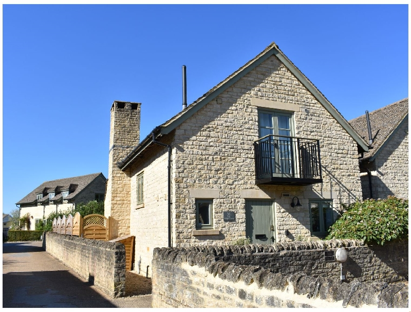 Bridge House a british holiday cottage for 8 in ,