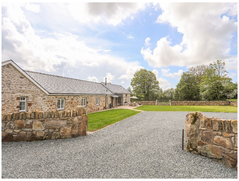 Carrog Barn a british holiday cottage for 6 in ,