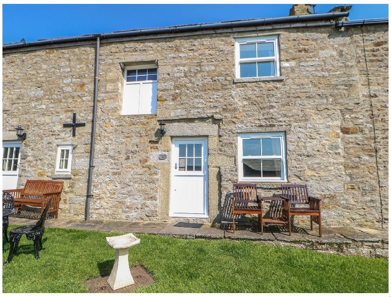 Goldsborough Cottage a british holiday cottage for 4 in ,