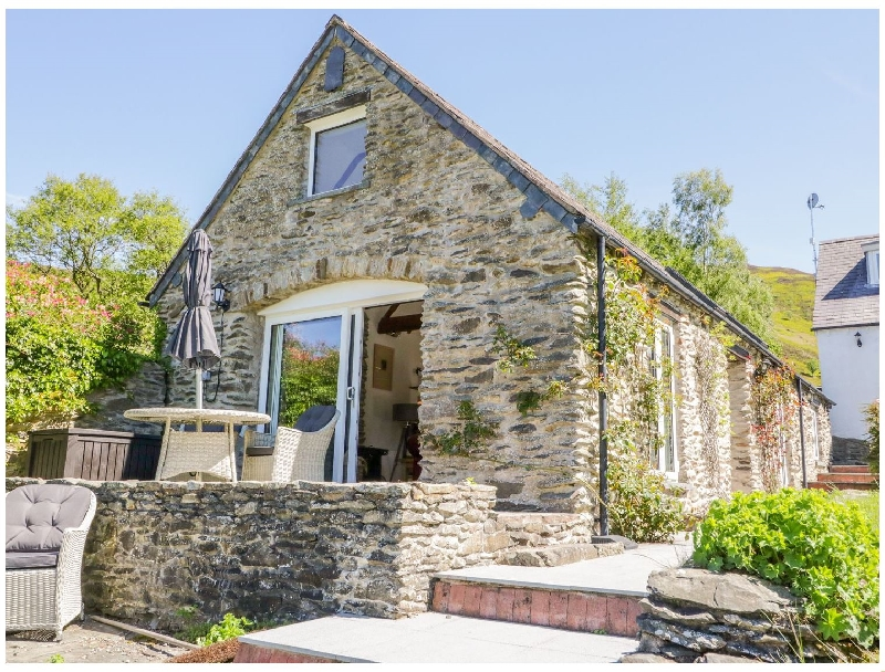 The Barn at Waen y Ffynnon a british holiday cottage for 2 in ,