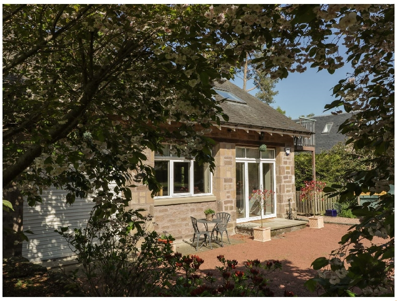 Stewarts Lodge Cottage a british holiday cottage for 4 in ,