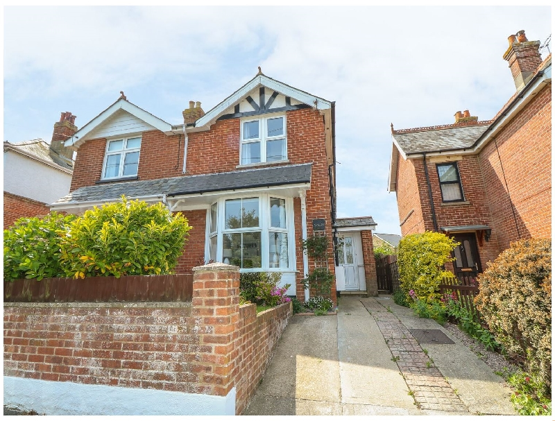 Avalon a british holiday cottage for 5 in ,