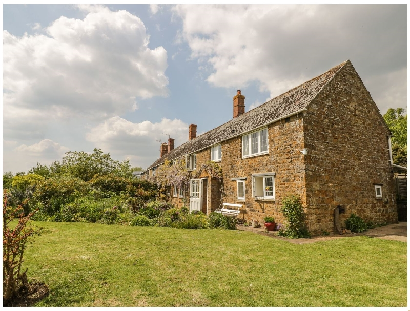 Priors Mead a british holiday cottage for 5 in ,
