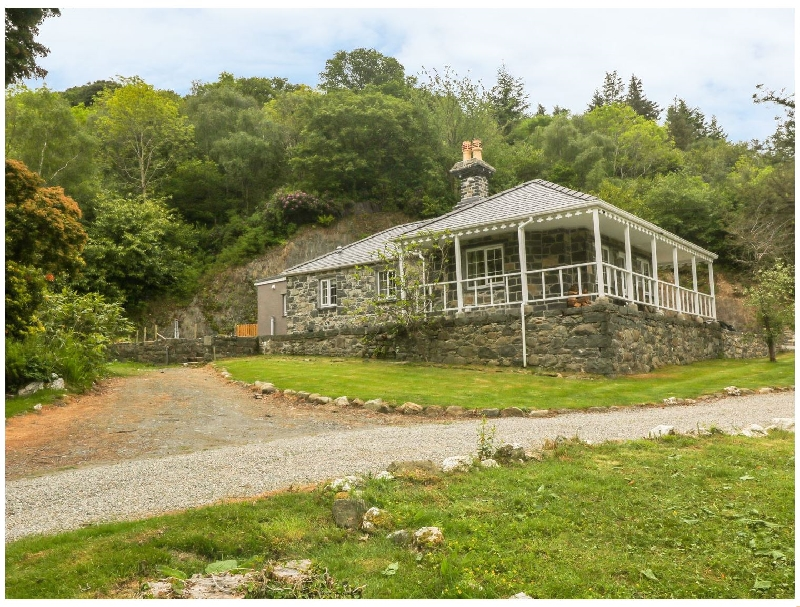 Cae Mab Dafydd a british holiday cottage for 2 in ,