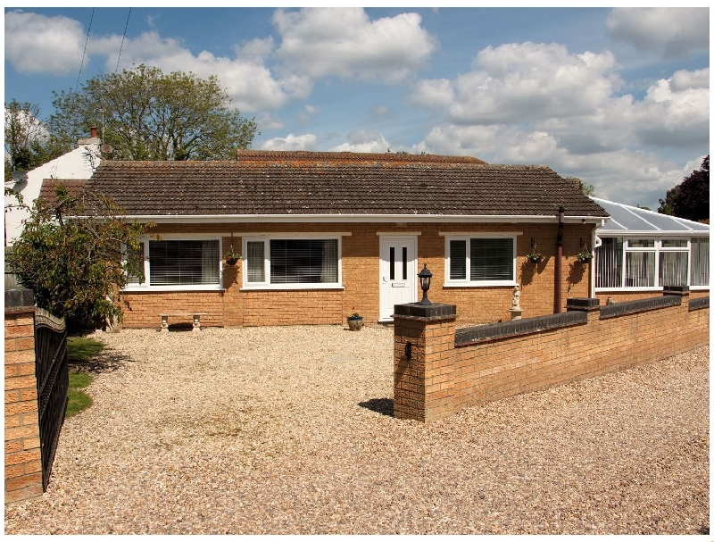 Long Acres a british holiday cottage for 3 in ,