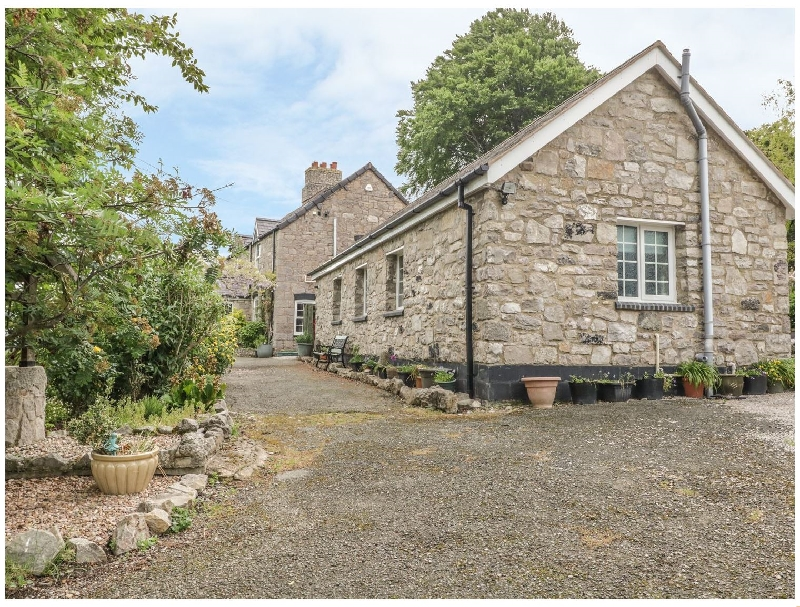 Bwthyn Bryn Llwyn a british holiday cottage for 2 in ,